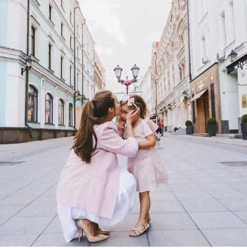 baby-kiss-1